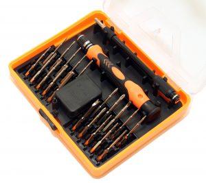 Отвертка с набором насадок TK002